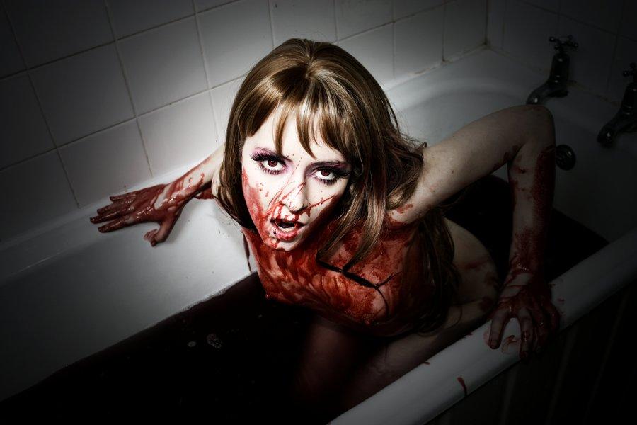 No te asustes, no es sangre, imbecil